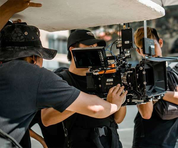 Top Qualities to Look For When Hiring a Film Crew